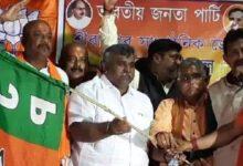 Photo of बंगाल चुनाव : तृणमूल कांग्रेस का एक और विकेट गिरा आसनसोल के पूर्व मेयर जितेंद्र तिवारी भाजपा में शामिल